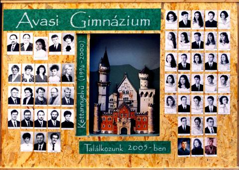 2000 12/1 kéttannyelvű