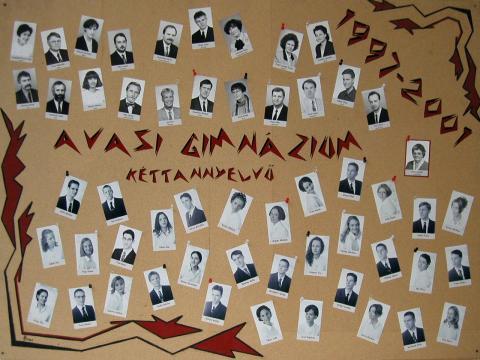 2001 12/1 kéttannyelvű