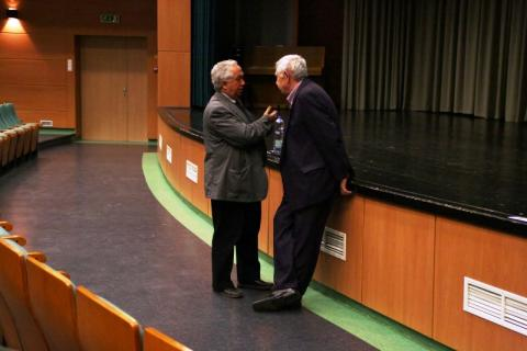 Dr. Bőhm József ny. egyetemi docens (balra) és