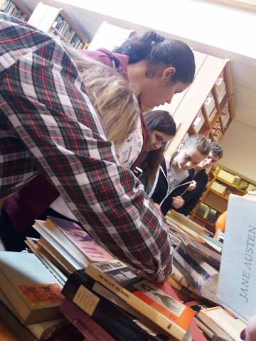 Magyar nyelvű ajándékkönyvek